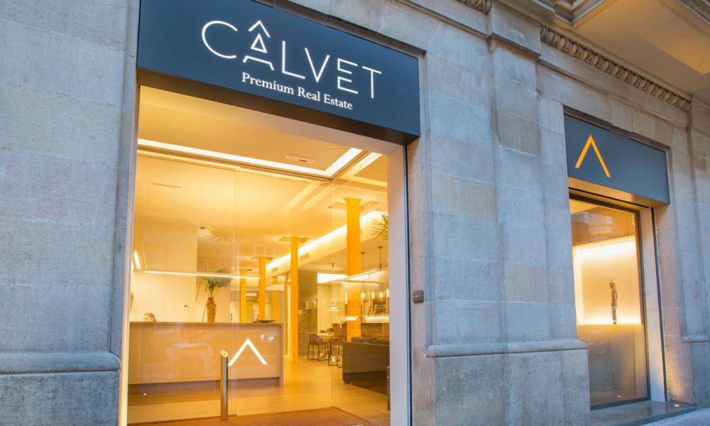 """Fincas Calvet abre un nuevo concepto de oficina """"Premium"""" delante de su sede central, donde se aportará un valor añadido a los clientes internacionales."""